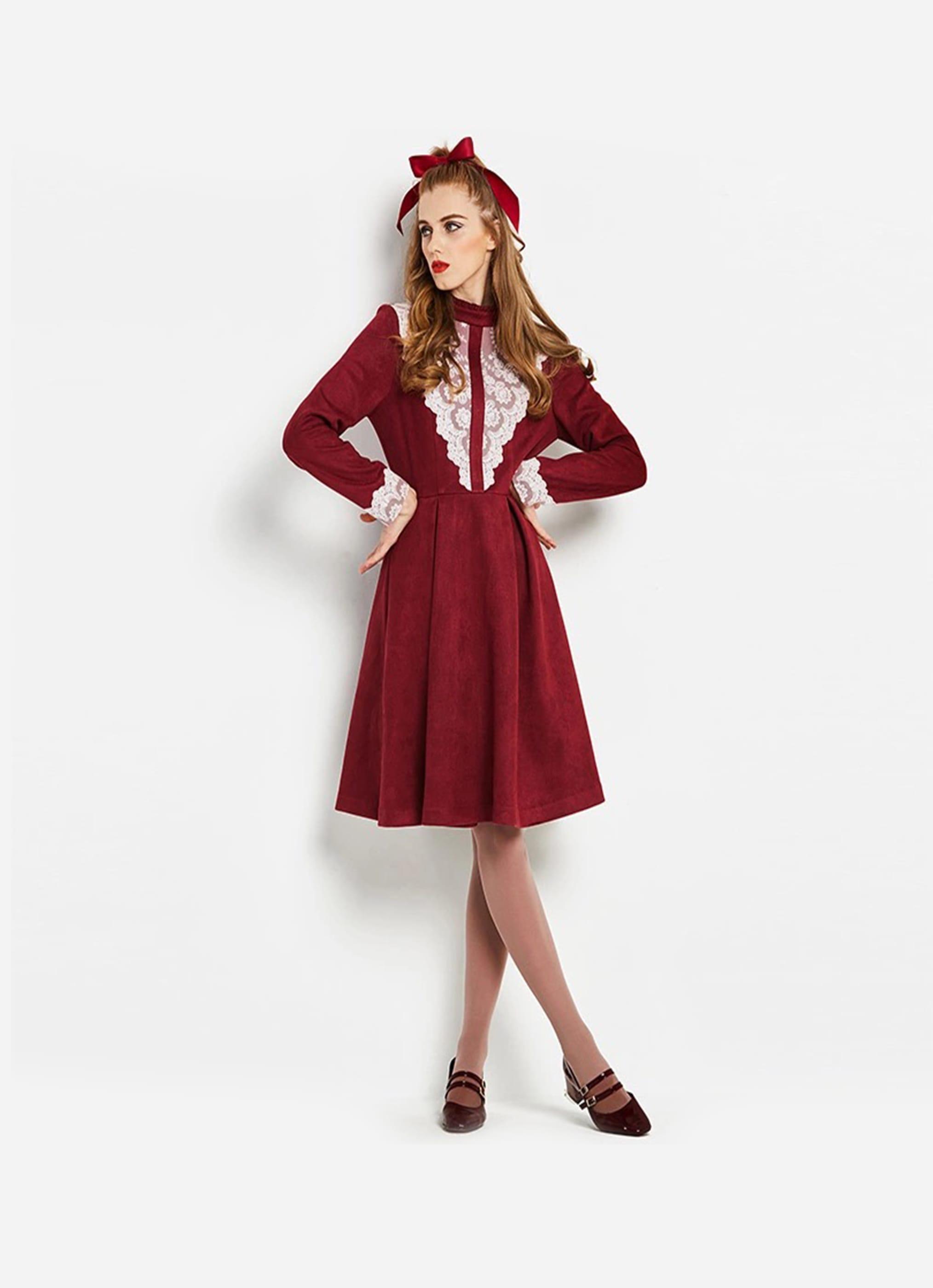 فستان شتوي كلاسيكي بكم طويل